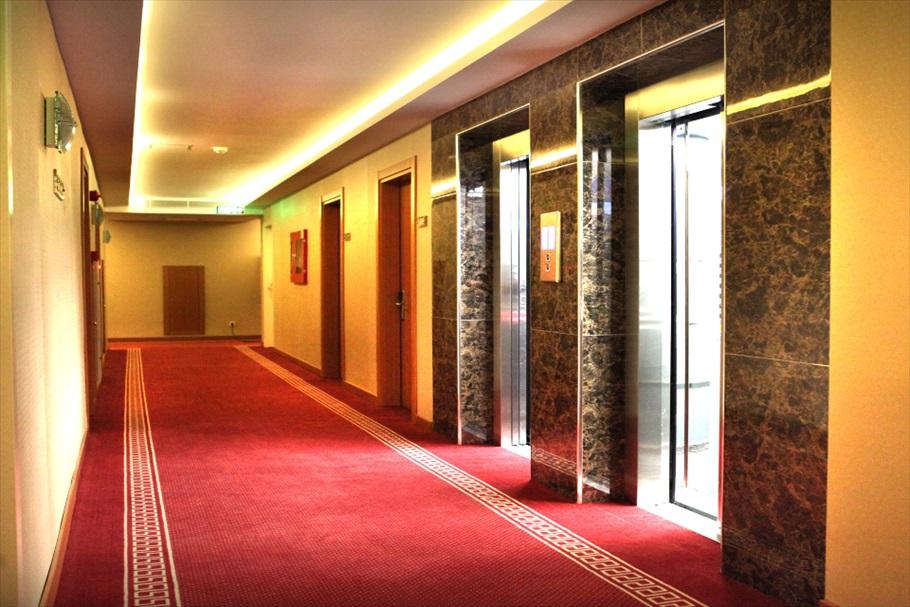 koridor ve asansor